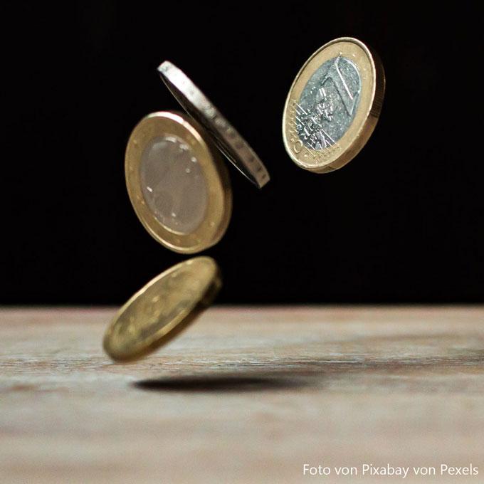 Mit Bargeld bezahlen